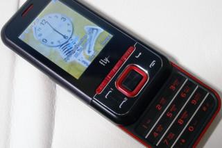 Обзор Dual SIM-телефона Fly MC220