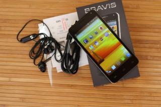 Обзор смартфона Bravis Alpha
