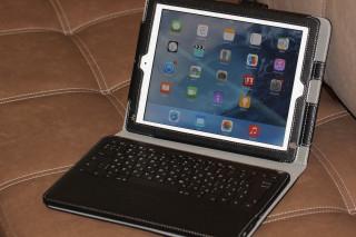 Обзор чехла с клавиатурой LUXA2 SlimBT Keyboard Stand Case